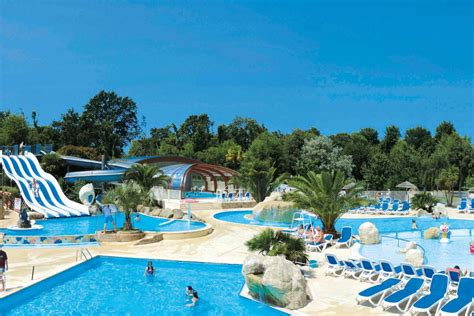 Premium Camping in Frankreich: Camping Les 2 Fontaines in