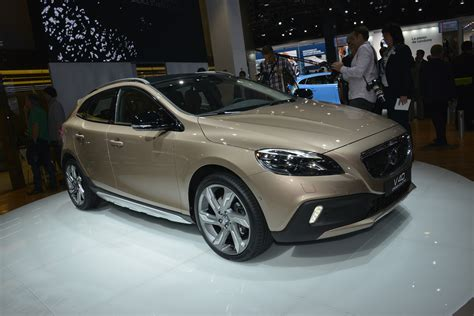Volvo V40 Cross Country Paris 2012 - Picture 75297