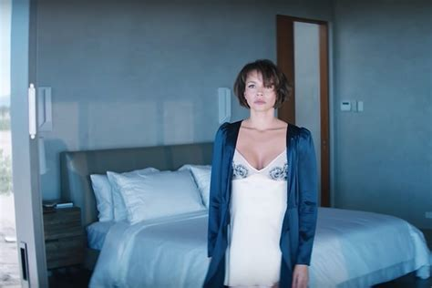 'The Girlfriend Experience' revels in its darker, more