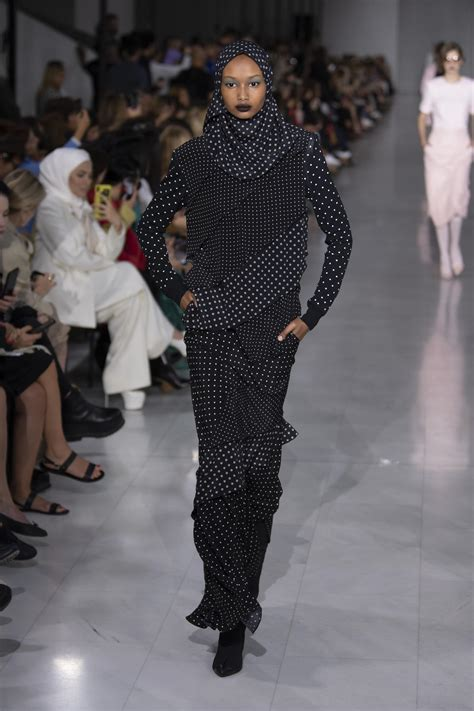 MAX MARA SPRING SUMMER 2020 WOMEN'S COLLECTION   The
